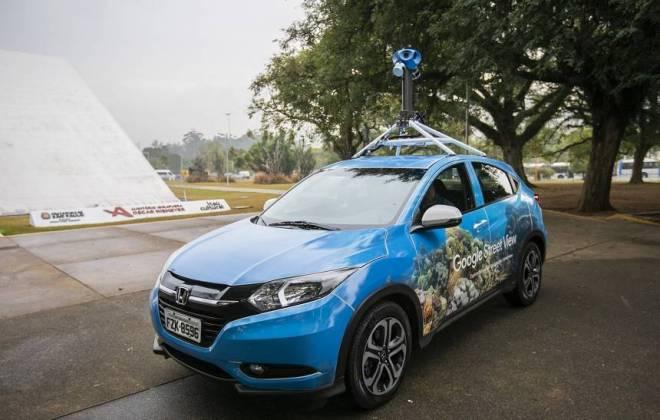 Google traz ao Brasil carro do Street View com câmeras 'inteligentes'